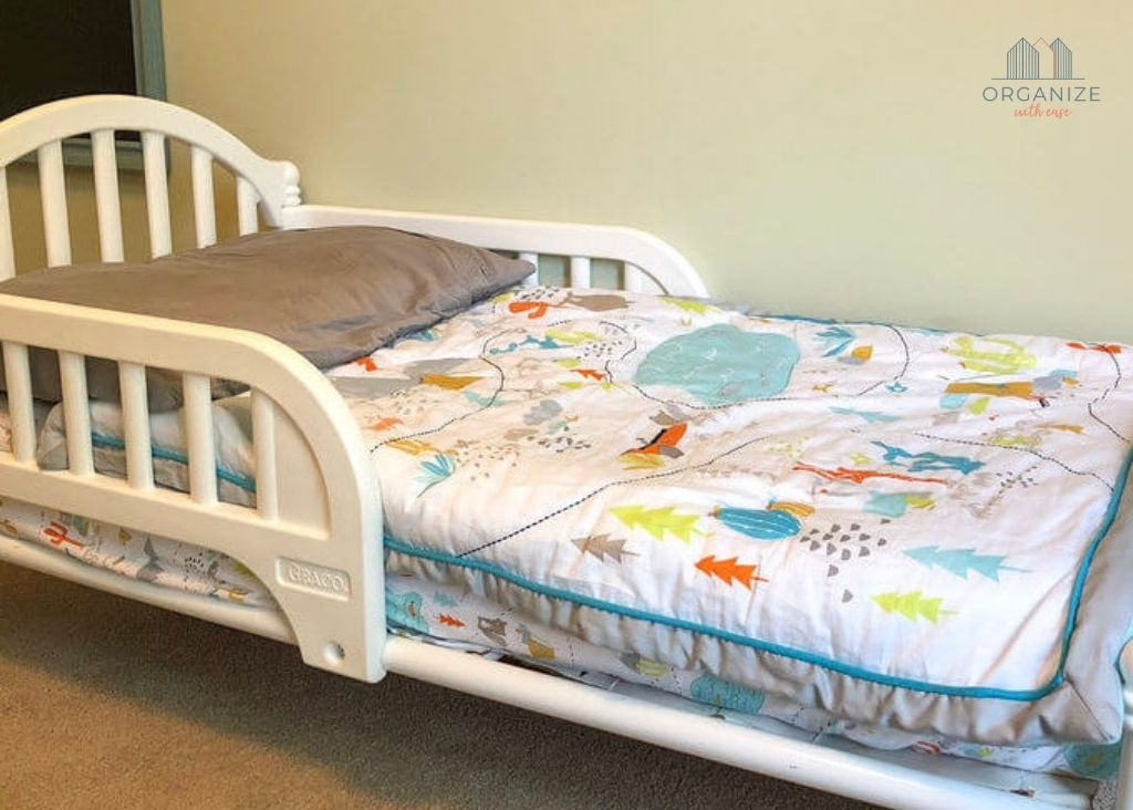 Montessori toddler room low bed with animal blanket