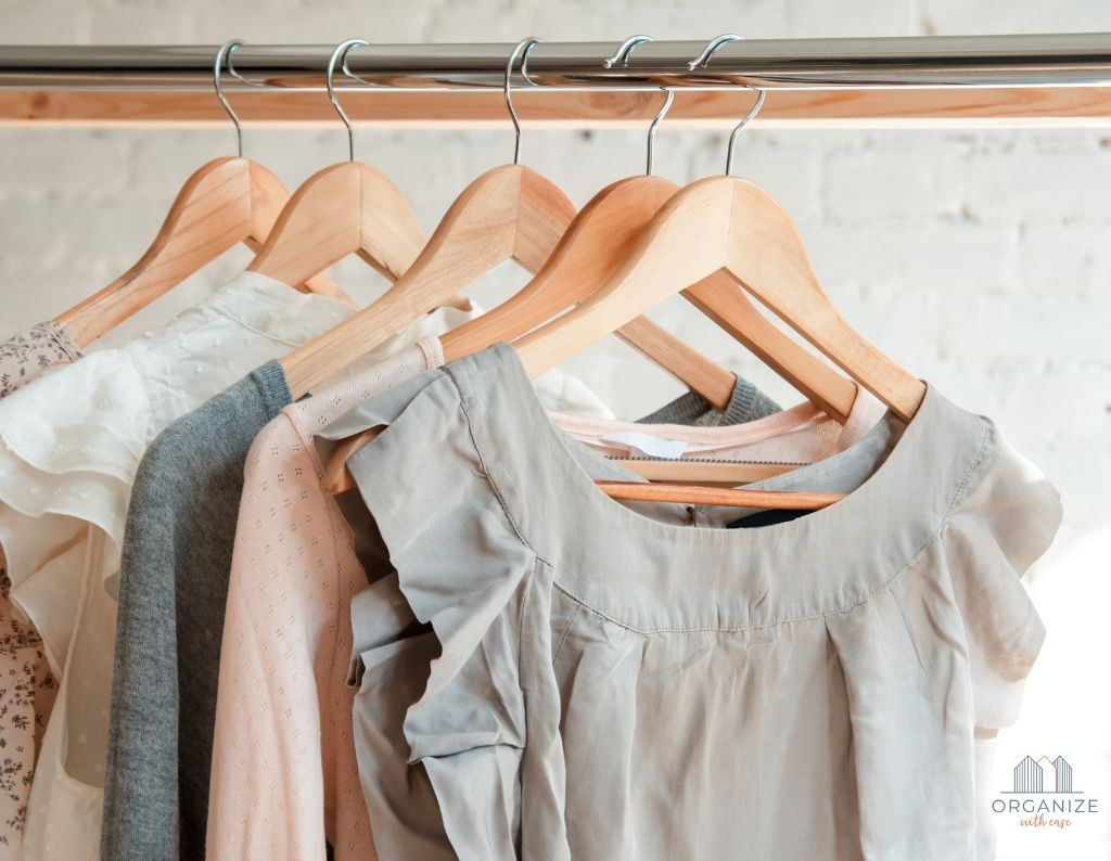 Decluttering Clothes {step-by-step guide to a pain-free purge}