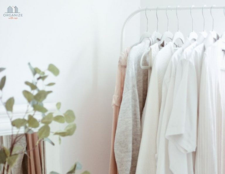 The Ultimate Guide to a Minimalist Wardrobe